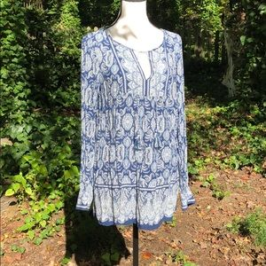 Max Studio paisley blue long sleeve